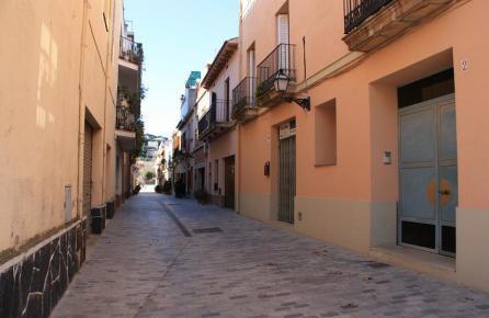 Calle del casco urbano de Alella