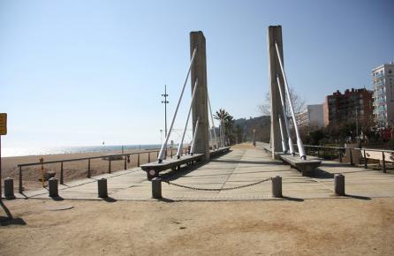 Paseo en la playa de Calella