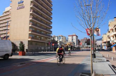 Avinguda al centre de Calella