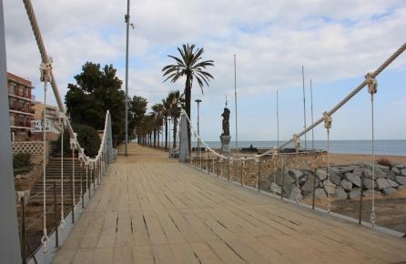 Paseo y playa de Canet de Mar