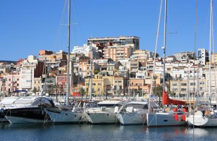 Vista del Masnou desde el puerto deportivo