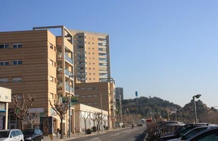 Edificis davant de la platja de Montgat