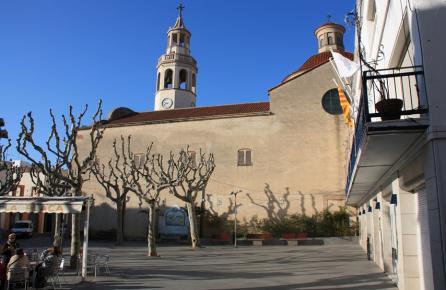 Vista de la Iglesia de San Cristobal de Premià de Mar
