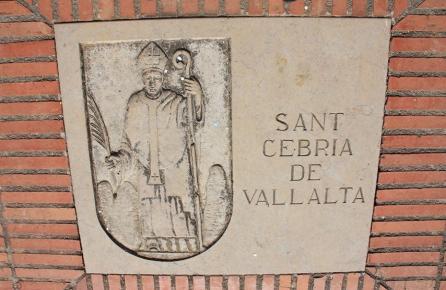 Escut de Sant Cebrià de Vallalta