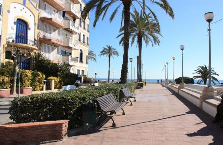 Passeig al costat del Mar a Sant Pol de Mar